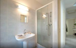 La Maison Hélène-Josephine, Отели типа «постель и завтрак»  Монпелье - big - 25