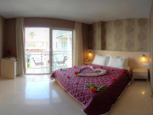 Marin-A Hotel, Hotely  Turgutreis - big - 18
