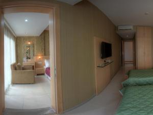Marin-A Hotel, Отели  Тургутреис - big - 6