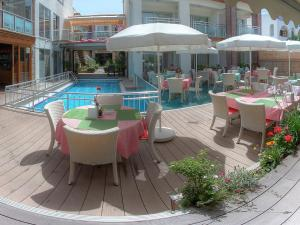 Marin-A Hotel, Hotely  Turgutreis - big - 48