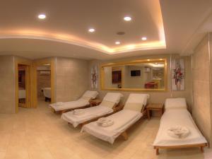 Marin-A Hotel, Hotely  Turgutreis - big - 40