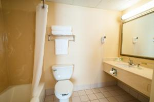 Country Inn & Suites by Radisson, Cuyahoga Falls, OH