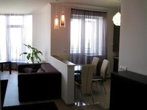 Nadiya Apartments 1, Apartmanok  Szumi - big - 2