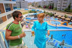 Blue Wave Suite Hotel, Отели  Алания - big - 6