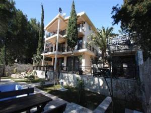 Apartments Afalina