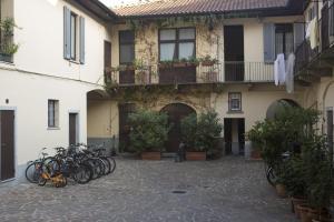 Homy Apartments Altaguardia, Apartments  Milan - big - 1