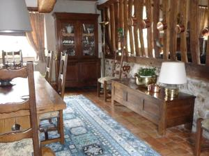 A la Bergerie, Bed and Breakfasts  Honfleur - big - 6