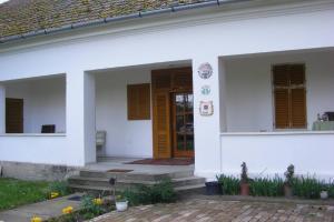 Kiskastély Vendégház, Гостевые дома  Császártöltés - big - 35