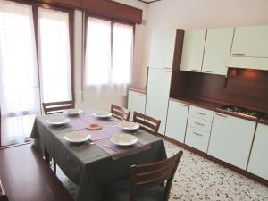 Residence Agnese, Apartmány  Caorle - big - 12