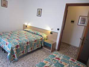 Residence Agnese, Apartmanok  Caorle - big - 17