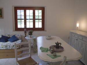 Vacanze Toscane In The Country, Apartmanok  Sassetta - big - 77