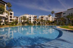 Luxury Flat in Marina Agadir, Apartments  Agadir - big - 14