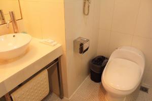 Budget Double Room - Basement