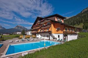 Hotel Haus Michaela, Hotels  Sappada - big - 18