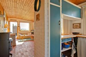 Holiday home Pandrup 623 with Terrace, Case vacanze  Rødhus - big - 9