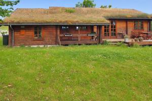 Holiday home Rønde 300 with Sauna and Terrace, Holiday homes  Rønde - big - 10
