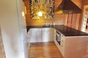 Holiday home Rønde 300 with Sauna and Terrace, Holiday homes  Rønde - big - 18