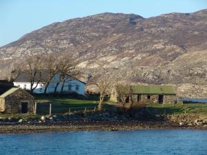 Cottage 101 - Moyard, Case vacanze  Letterfrack - big - 1