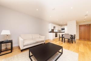 Pinnacle Residences - Central Cambridge, Apartmanok  Cambridge - big - 56