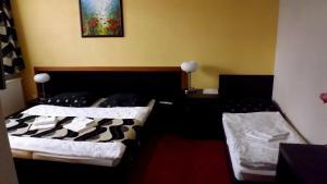 Guest House Penzión Fortuna, Гостевые дома  Tvrdošín - big - 18