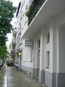 Hotel Pension Ingeborg, Guest houses  Berlin - big - 31