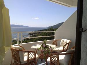 Villa Roses Apartments & Wellness, Apartmanok  Ičići - big - 2