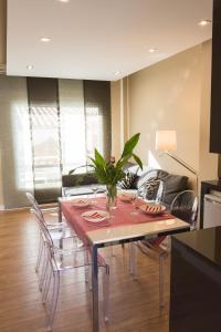 AB Apartamentos H2O, Ferienwohnungen  Málaga - big - 1