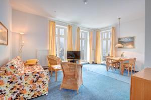Haus Seeblick Hotel Garni & Ferienwohnungen, Hotely  Zinnowitz - big - 7