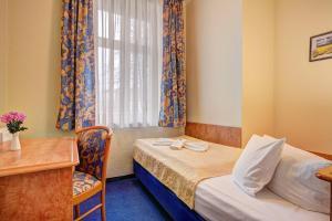 Haus Seeblick Hotel Garni & Ferienwohnungen, Hotely  Zinnowitz - big - 19