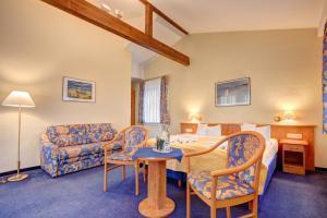 Haus Seeblick Hotel Garni & Ferienwohnungen, Hotely  Zinnowitz - big - 18