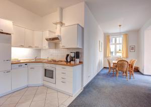 Haus Seeblick Hotel Garni & Ferienwohnungen, Hotely  Zinnowitz - big - 27