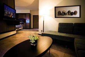 AVANI Executive Suite