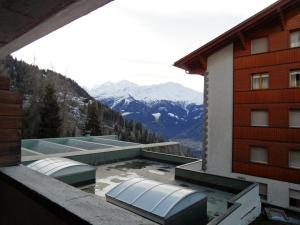One-Bedroom Apartment Mondzeu 245 C, Apartmány  Verbier - big - 8