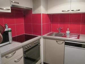 One-Bedroom Apartment Mondzeu 245 C, Apartmány  Verbier - big - 4