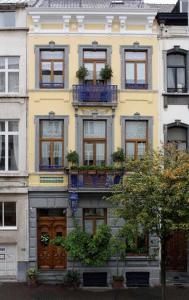 Hotel Les Bluets, Hotely  Brusel - big - 1