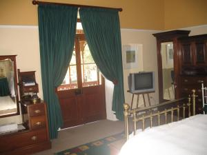 141 High Street Bed and Breakfast, Bed & Breakfasts  Oudtshoorn - big - 11