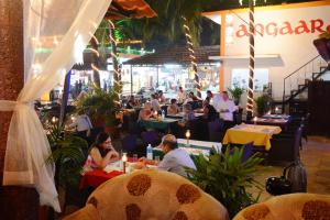 Silver Sands Sunshine - Angaara, Hotels  Candolim - big - 43