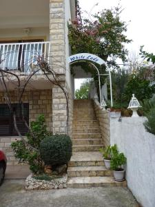 Apartment White Lady, Ferienwohnungen  Trogir - big - 33