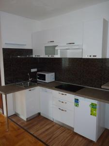 Apartment White Lady, Ferienwohnungen  Trogir - big - 78