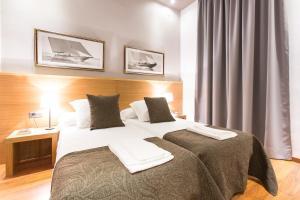 Four-Bedroom Apartment Comfort III - Balmes, 11