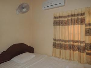 Malis Rout Guesthouse, Penzióny  Prey Veng - big - 7