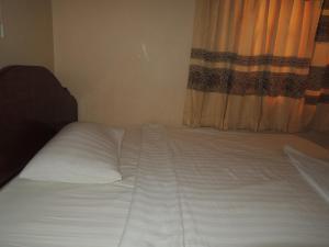 Malis Rout Guesthouse, Penzióny  Prey Veng - big - 9