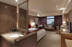 Hotel Kuva Chateau, Отели  Чжунли - big - 5