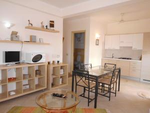 Sunrise Residence, Ferienwohnungen  Santa Maria - big - 62
