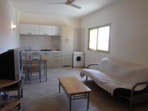 Sunrise Residence, Ferienwohnungen  Santa Maria - big - 2