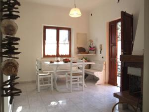 Vacanze Toscane In The Country, Apartmanok  Sassetta - big - 64