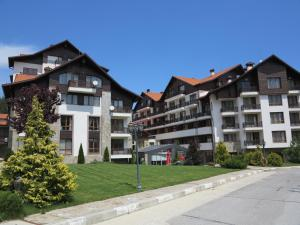 Borovets Holiday Apartments - Different Locations in Borovets, Apartments  Borovets - big - 133