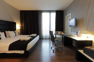 Holiday Inn Genoa City, Szállodák  Genova - big - 15