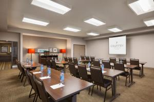 Country Inn & Suites by Radisson, Bozeman, MT, Hotely  Bozeman - big - 11