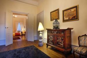Les Suites de l'Hôtel Particulier De Sautet, Affittacamere  Chambery - big - 9